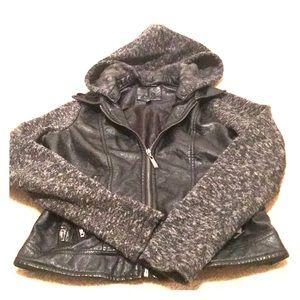 Cute fall coat !